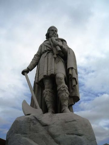King Alfred the Great statue Wantage Oxfordshire